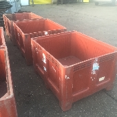plastic pallet boxes  -USED DOLAVS SOLID - Great Value Heavy duty Pallet boxes.